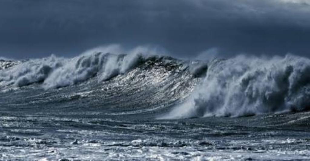 Waves at seas