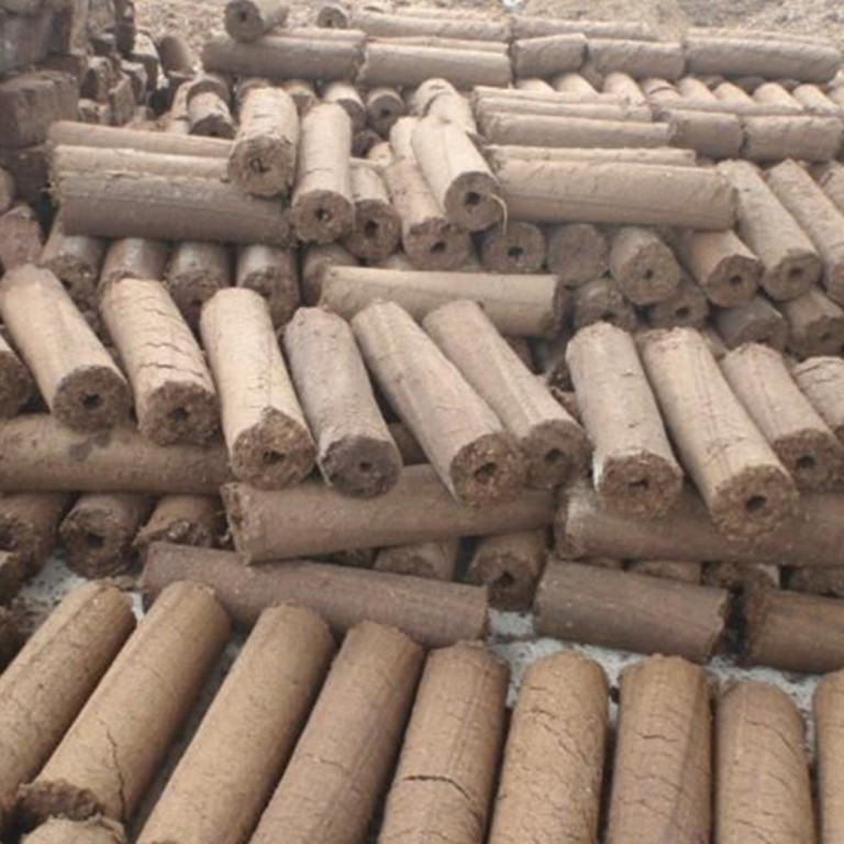 Cow-dung-wood