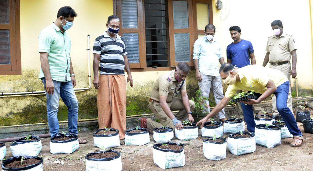 Farmers from  Mavelikkara police station