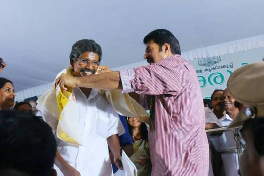 Nasser receives Ponnada from Mammootty at a function