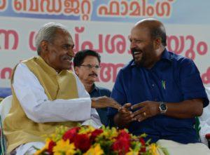 Suresh Palekar with minister  V..S.SunilKumar