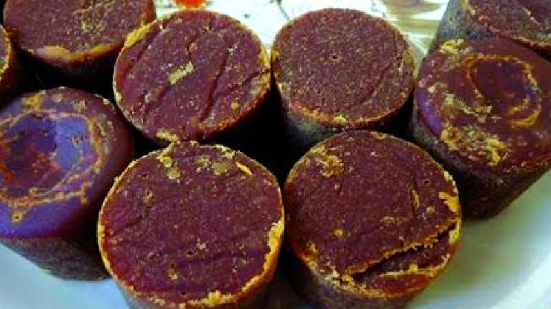 adulterated jaggery