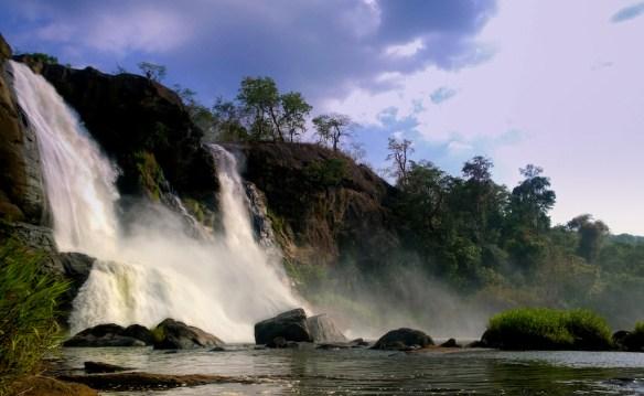 aathirapalli water falls